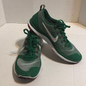 Men's 8 Nike free train versatility